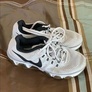 Nike Tailwind 8 size 6.5